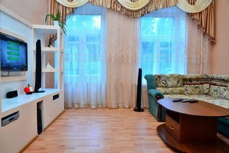 Сдается 3-комнатная квартира посуточнов Броварах, Большая Васильковская, 12а.