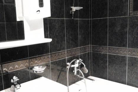 Сдается 3-комнатная квартира посуточно в Киеве, Луначарского1/2.