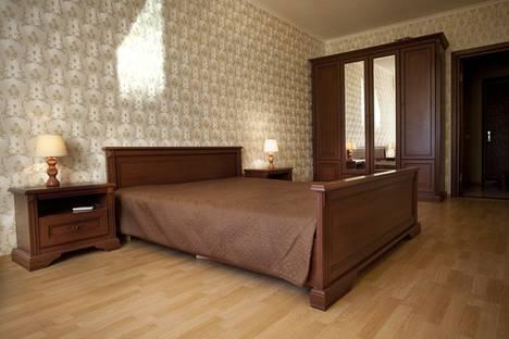 Сдается 1-комнатная квартира посуточно в Киеве, Драгоманова 1а.