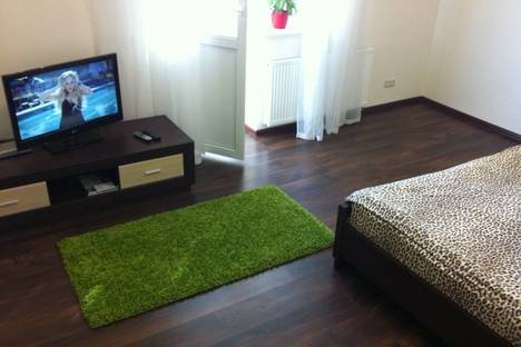 Сдается 1-комнатная квартира посуточно в Киеве, Княжий Затон,9.