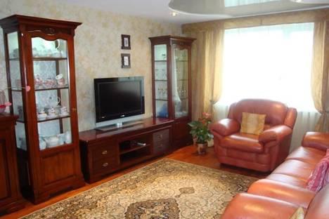 Сдается 2-комнатная квартира посуточно в Днепре, Пушкина, 12.