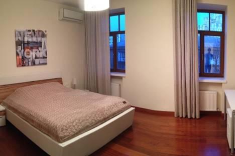 Сдается 2-комнатная квартира посуточно в Одессе, Почтовая улица 10.