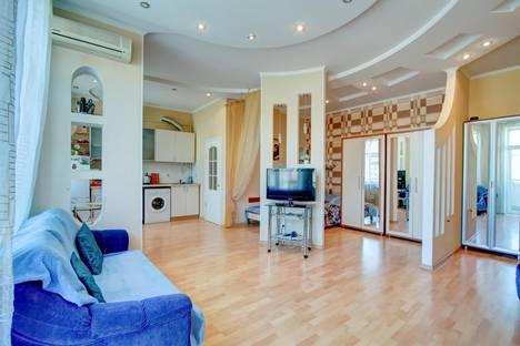 Сдается 1-комнатная квартира посуточно в Одессе, Троицкая улица 28.
