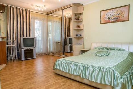 Сдается 1-комнатная квартира посуточно в Харькове, пр Ленина 19.