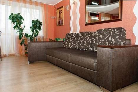 Сдается 2-комнатная квартира посуточнов Новомосковске, Гагарина, 97.