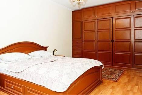 Сдается 1-комнатная квартира посуточно в Днепре, Короленко ул., 21.