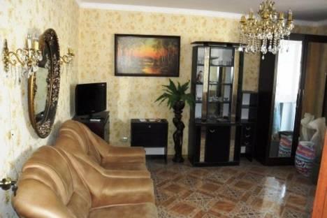 Сдается 1-комнатная квартира посуточно в Евпатории, пр Ленина 52.