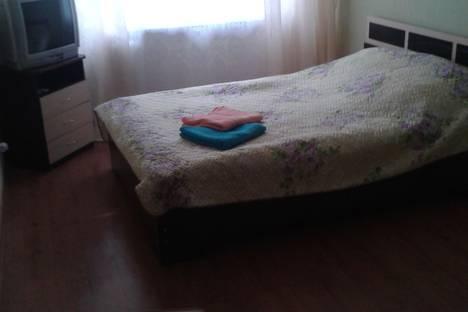 Сдается 1-комнатная квартира посуточно в Чайковском, Ленина, 79.