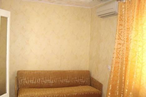 Сдается 2-комнатная квартира посуточно в Евпатории, Фрунзе.