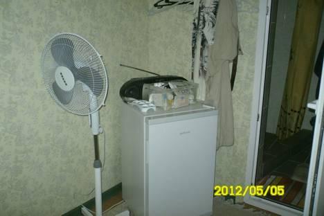 Сдается 1-комнатная квартира посуточно в Евпатории, Кирова, 32/5.