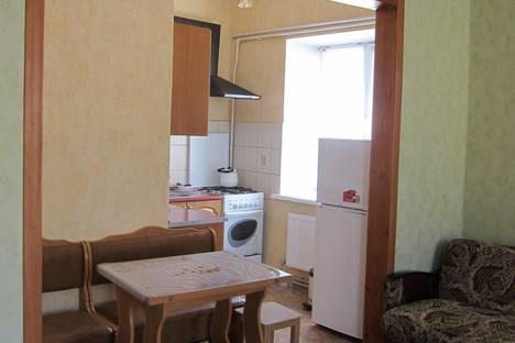 Сдается 1-комнатная квартира посуточнов Мирном, ул. Тучина д. 6 с 05.09..