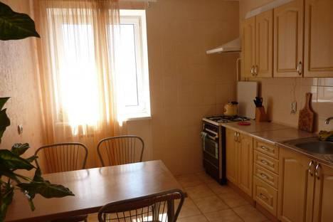 Сдается 2-комнатная квартира посуточно в Евпатории, ул. Демышева, 108.