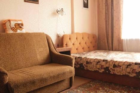 Сдается 2-комнатная квартира посуточно в Судаке, ул.Бирюзова.