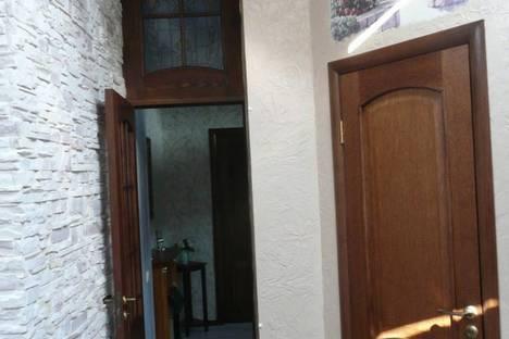Сдается 2-комнатная квартира посуточно в Евпатории, пр-т Ленина 25.