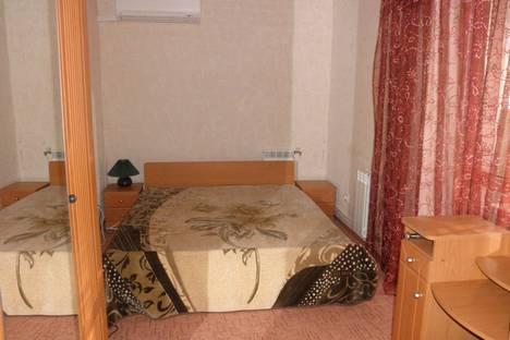 Сдается 2-комнатная квартира посуточно в Евпатории, п. Мирный.