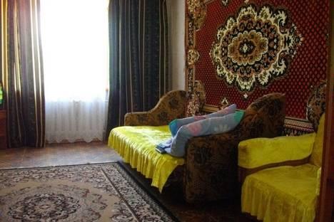 Сдается 2-комнатная квартира посуточно в Судаке, пер Солнечный 20.