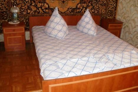 Сдается 3-комнатная квартира посуточно в Судаке, Басейная.