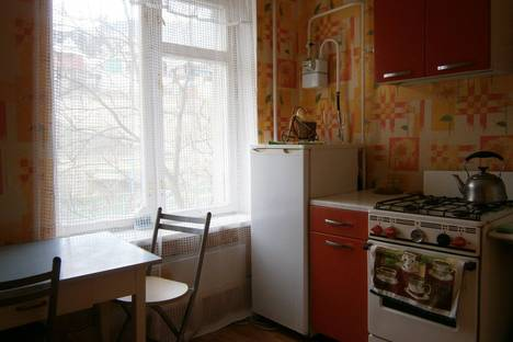 Сдается 1-комнатная квартира посуточно в Судаке, ул Голицина,32.