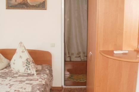 Сдается 5-комнатная квартира посуточно в Судаке, ул. Академика Сахарова.