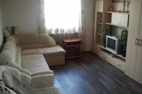 Сдается 2-комнатная квартира посуточно, Айвазовского, д 27.