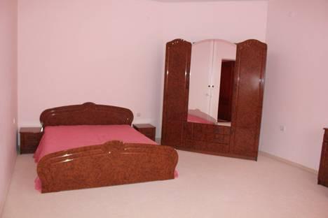 Сдается 5-комнатная квартира посуточно в Судаке, Консульская 36.