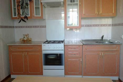 Сдается 2-комнатная квартира посуточно в Судаке, Судак. Спендиарова64.