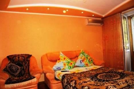 Сдается 2-комнатная квартира посуточно в Евпатории, пр Ленина 56.