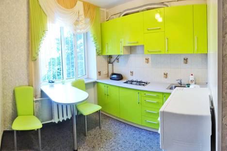 Сдается 1-комнатная квартира посуточно в Феодосии, пер. Танкистов 3.