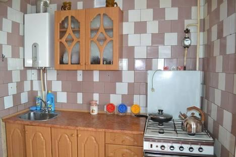 Сдается 2-комнатная квартира посуточно в Феодосии, бульвар Старшинова 121.