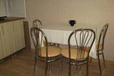 Сдается 2-комнатная квартира посуточно в Феодосии, ул. Бульвар Старшинова 23.