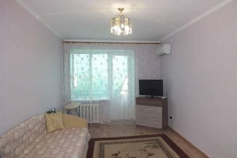 Сдается 1-комнатная квартира посуточнов Феодосии, Куйбышева, 13.