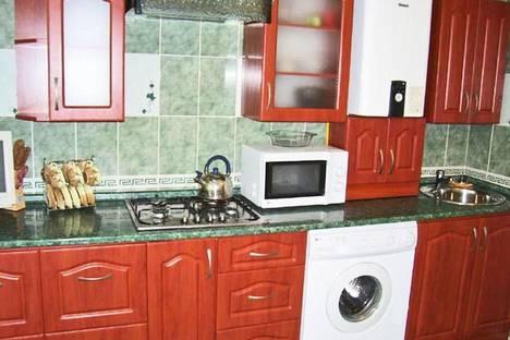 Сдается 1-комнатная квартира посуточно в Феодосии, бул. Старшинова 8д.