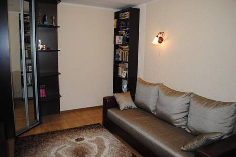 Сдается 2-комнатная квартира посуточно в Феодосии, ул Украинская 18.