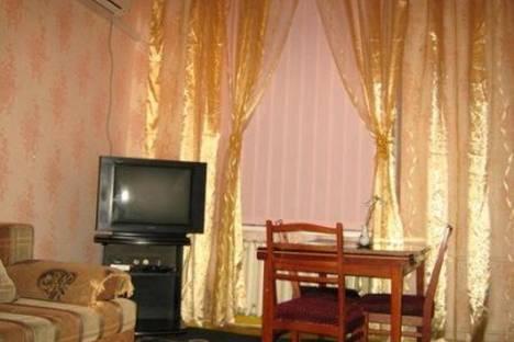 Сдается 2-комнатная квартира посуточно в Феодосии, Адмиральский бульвар, 10.