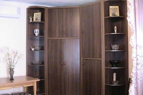 Сдается 2-комнатная квартира посуточно в Феодосии, Шмидта.
