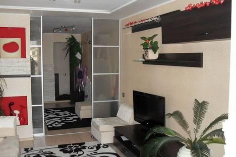 Сдается 3-комнатная квартира посуточнов Коктебеле, ул. Федько 28.