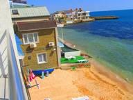 Сдается посуточно коттедж в Феодосии. 60 м кв. черноморская набережная