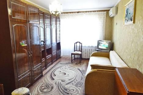 Сдается 1-комнатная квартира посуточно в Феодосии, Галерейная 19.