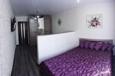 Сдается 1-комнатная квартира посуточно в Феодосии, бул. Старшинова 8а.