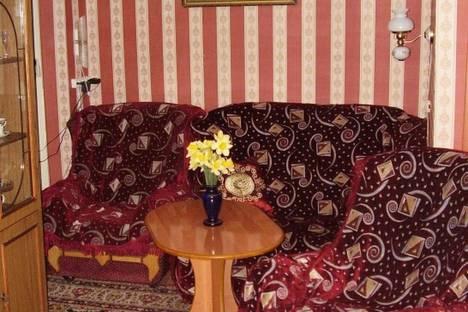 Сдается 2-комнатная квартира посуточно в Феодосии, Горького 32.