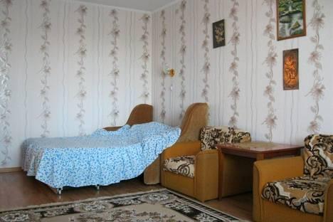 Сдается 1-комнатная квартира посуточно в Феодосии, Куйбышева.