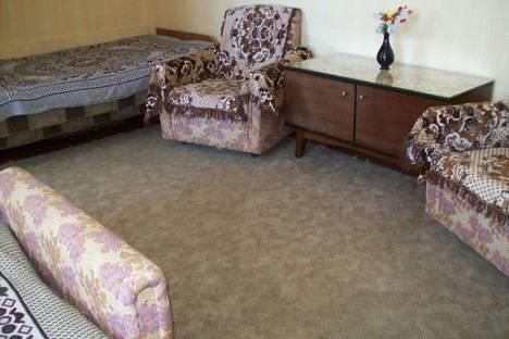 Сдается 1-комнатная квартира посуточно в Феодосии, ул.Дружбы 30а.