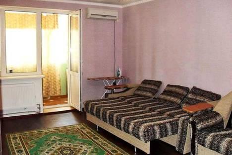 Сдается 1-комнатная квартира посуточно в Феодосии, ул. Профсоюзная 43.