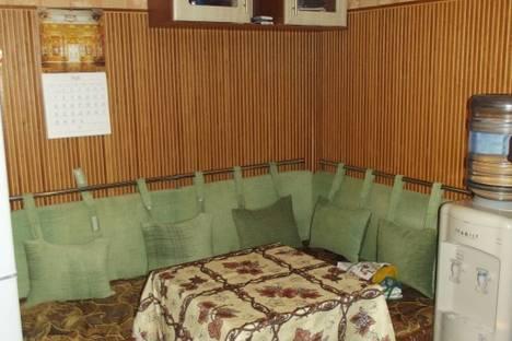 Сдается 2-комнатная квартира посуточно в Феодосии, чкалова,96,а.