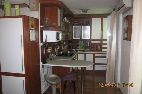 Сдается 2-комнатная квартира посуточно в Феодосии, Федько, 45.