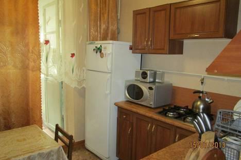 Сдается 3-комнатная квартира посуточно в Феодосии, ул. Федько.