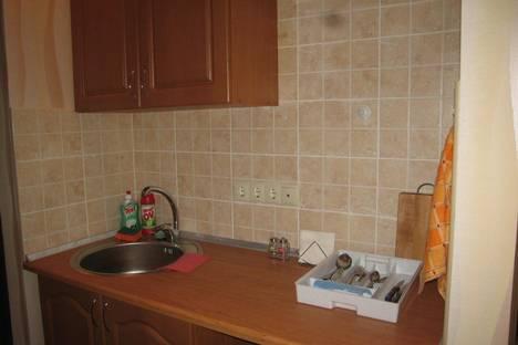 Сдается 2-комнатная квартира посуточно в Феодосии, Б. Старшинова 21А.