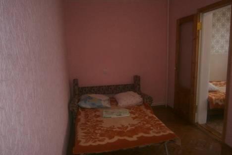 Сдается 1-комнатная квартира посуточно в Феодосии, ул. Дружбы.