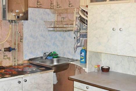 Сдается 2-комнатная квартира посуточно в Феодосии, ул. Галерейная 18.
