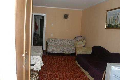 Сдается 1-комнатная квартира посуточно в Алупке, Западная д. 18.